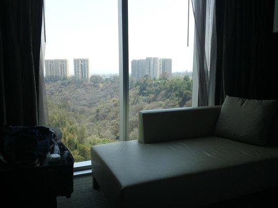 The Westin Santa Fe, Mexico City: Vista del valle de la habitación