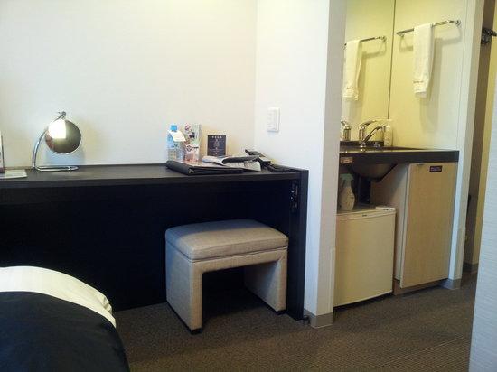 Dormy Inn Premium Shimonoseki: 洗面が別で使い易い