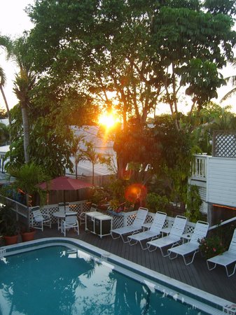 The Palms Hotel- Key West : Sundown