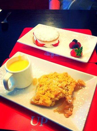 Crichton's Kitchen: These were our desserts after THE BEST Sunday dinner i had ever had! Desserts were just deliciou