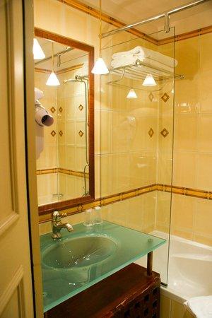 Villa Pantheon: Bathroom