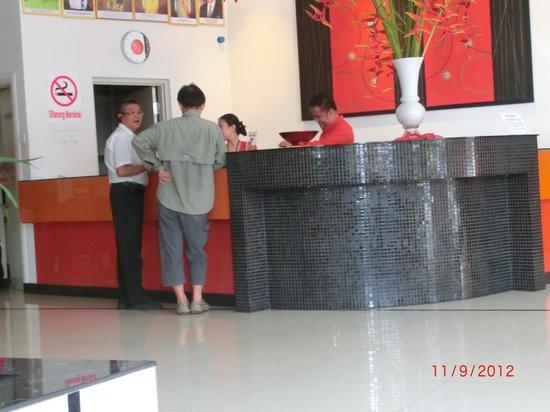 Abell Hotel: Hotel lobby