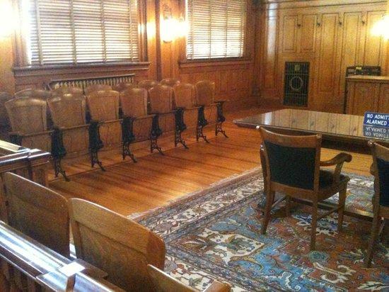Colorado Springs Pioneers Museum: Pioneer Museum Courtroom