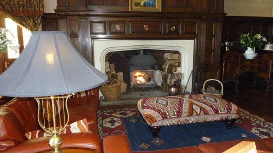 Penmaenuchaf Hall: Drawing room