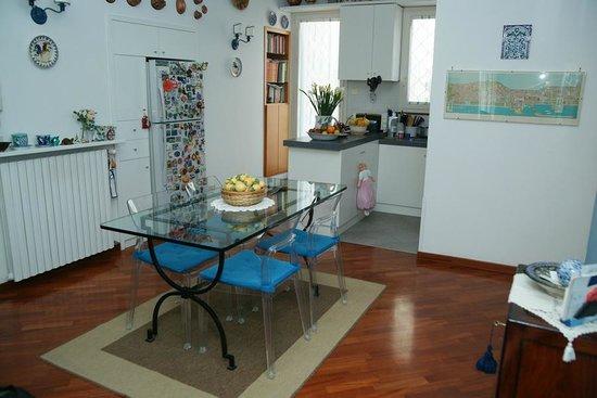 B&B Casa Azzurra : Cucina