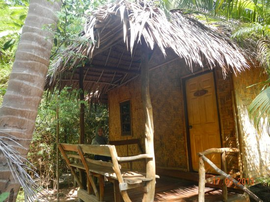 Vasana Bungalows: Room from outside