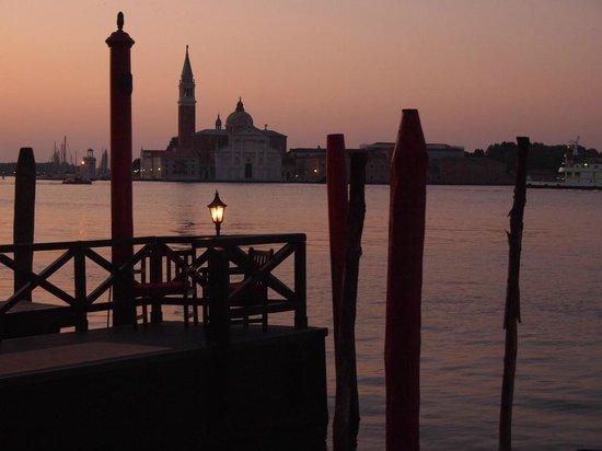 Bauer Palazzo: 大運河の夜明け