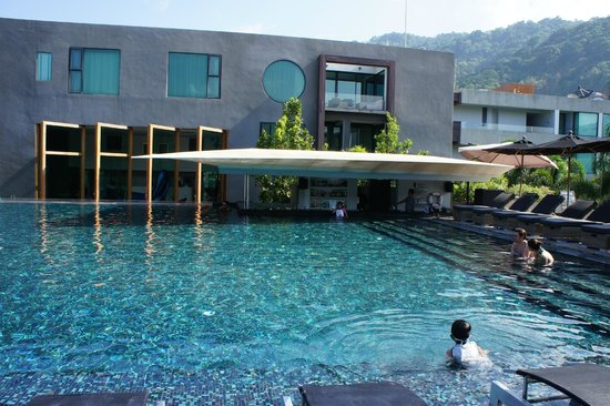 B-Lay Tong Phuket: swimming pool