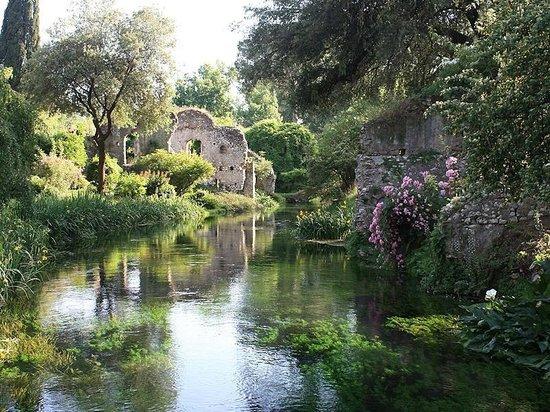 Cisterna di Latina, อิตาลี: laghetto