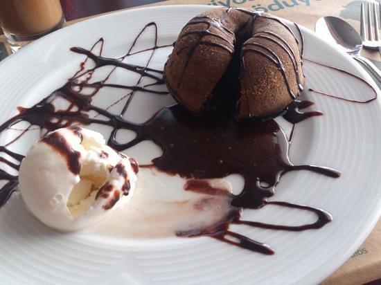 Zazu Cafe Restaurant Bar: crunchy outside, soft and hot inside