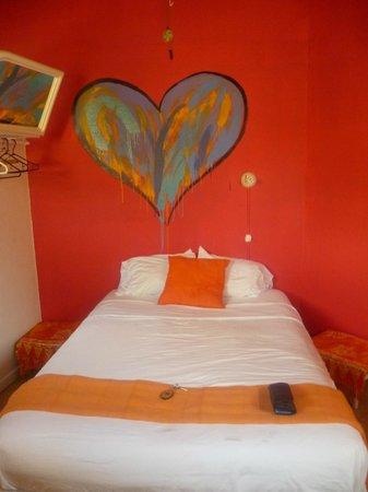 Hotel Villa Amarilla: Habitación