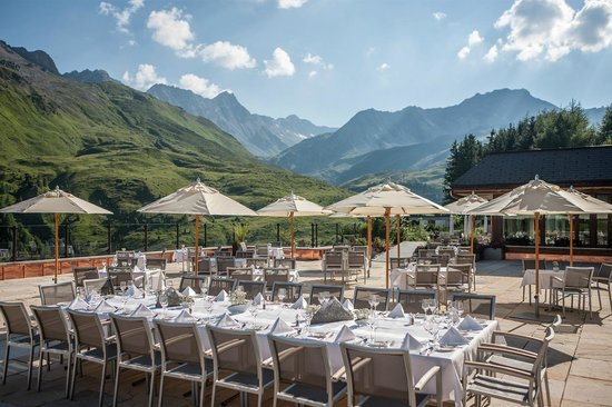 Arosa Kulm Hotel & Alpin Spa: Breakfast Terrasse