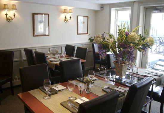 Merrill Inn : Intimate and Inviting Restaurant