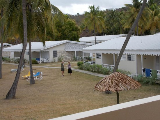 Hawksbill by Rex Resorts: View of the seaview bungalows