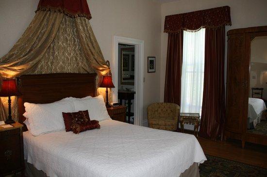 Merrill Inn: Premium Room