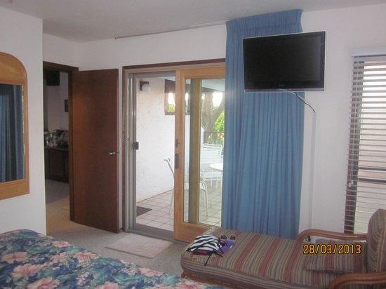 Poipu Kai Resort: 2nd balcony outside bedroom