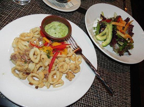 Criollo Latin Kitchen : Calamari