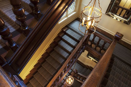 West-End Hotel : Escalier
