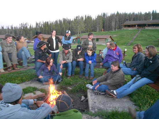Nine Quarter Circle Ranch: Campfire