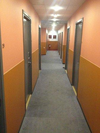 Stockholm Inn Hotell: διαδρομος δωματιων