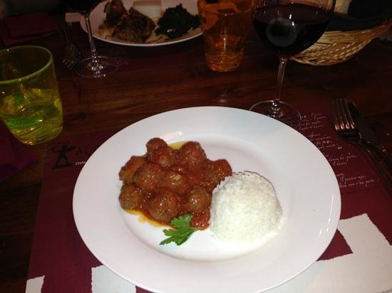 Osteria Al Guerriero: juicy meatballs