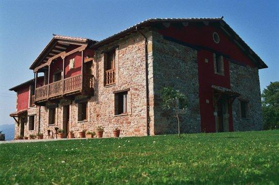 Apartamentos Rurales El Mirador de Cazanes: Apartamentos rurales Villaviciosa (Asturias)