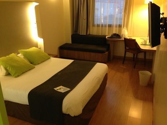Campanile Malaga: nice and clean room