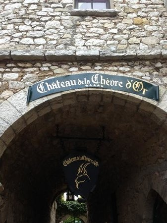Chateau de la Chevre d'Or: never miss to be there