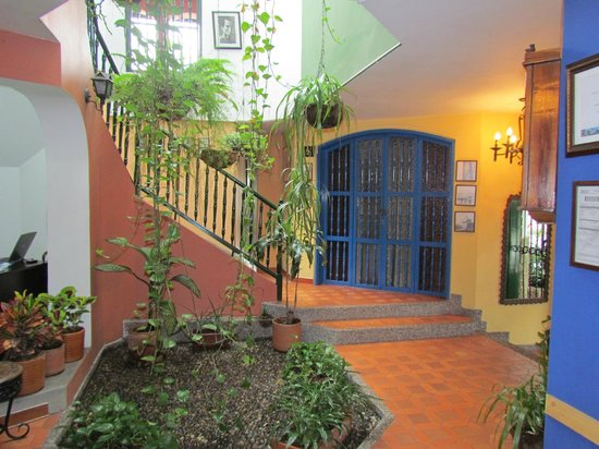 Hotel Habana Vieja: Jardín Interior