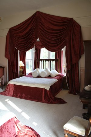 Maranatha Country House : The victorian Ardcaien room