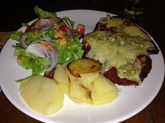 Bizarro Tapas, Bar & Restaurant: yammi ...