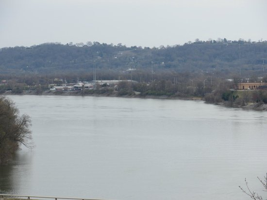 Bluff View Inn: Tennessee River, Chattanooga