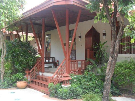 Samui Buri Beach Resort : pool villa