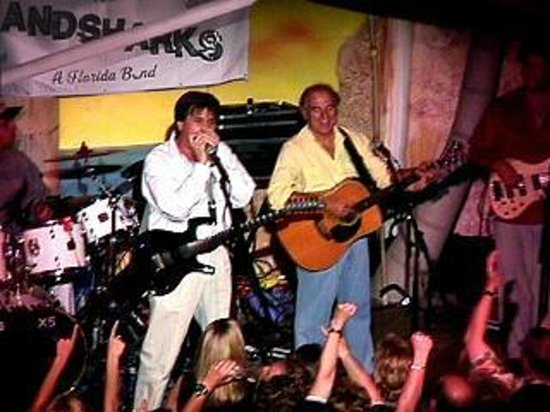 Cypress Cove Nudist Resort: Live music events throughout the year