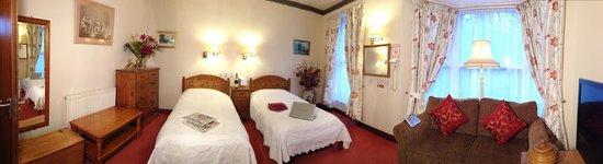 The Garden Hotel: En-suite Room