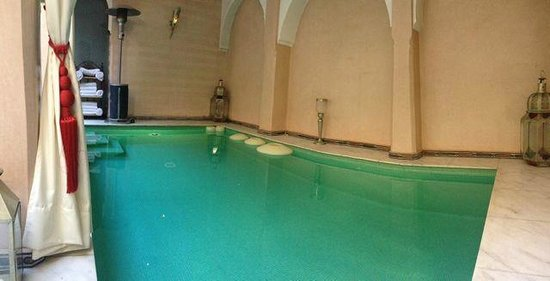Riad Dar Anika: Swining pool