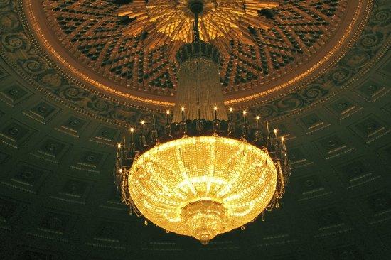 Eastman Theatre: Chandelier in Kodak Hall Eastman Theater