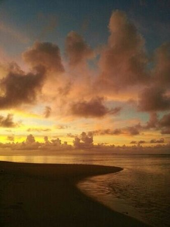 sunrise...best time of the day - Picture of Palm Grove, Vaimaanga ... | title | sunrise time