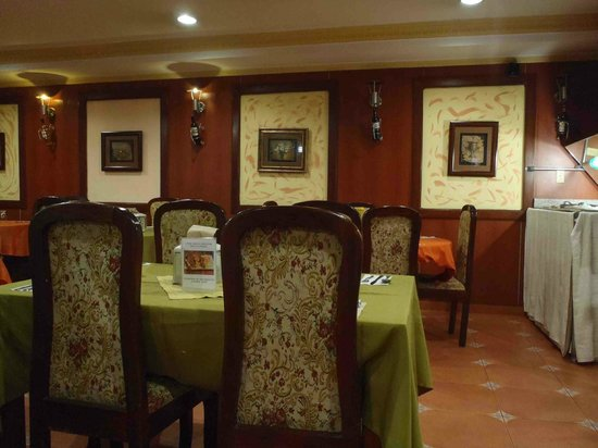 La Cresta Inn: Dining Room