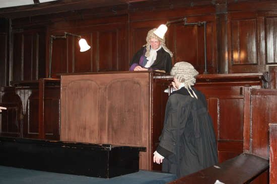 Beaumaris Courthouse : Courtroom Manikins