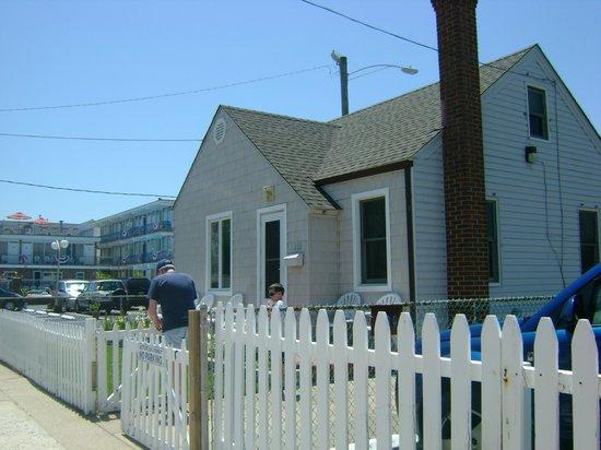 Le Voyageur Motel: House view