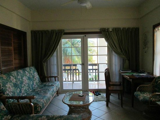Oasis del Caribe: Living Room with Pull out couch