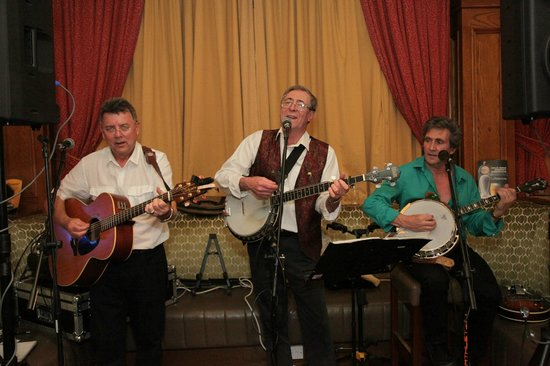 West County Hotel: Live Music Every Saturday Night