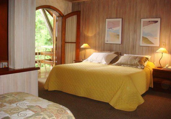 Pousada Villa Capivary: Confortable room for resting during your stay.