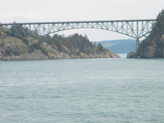 ‪‪Deception Pass State Park‬: Vista del puente‬