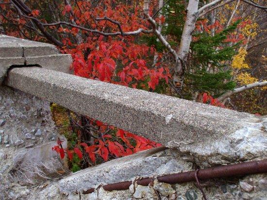 Kilmory Resort: Angles and Angle Iron - detail - old bridge - Piper's Hole