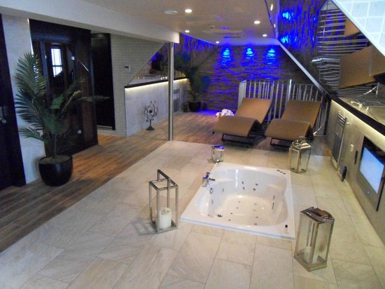 Torrance Hotel: Honeymoon spa