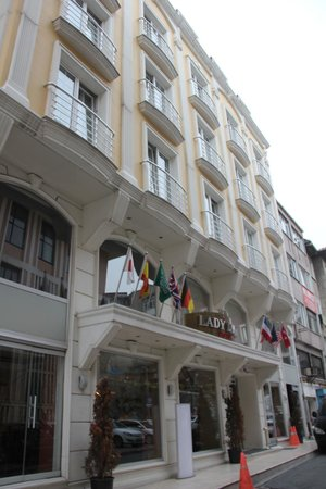 Lady Diana Hotel: HOTEL