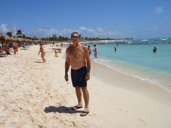Luxury Bahia Principe Sian Ka'an Don Pablo Collection: Mi esposo en la Playa