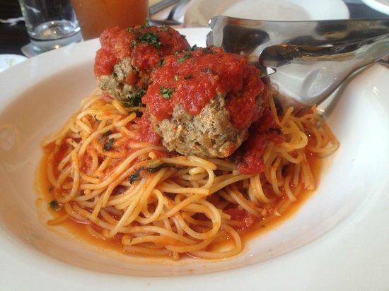 Italianni's : Spag and Meatballs